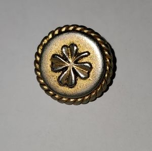 BEAUTIFUL, AUTHENTIC GOLDTONE CHANEL BUTTON